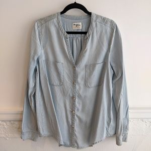 Anthropologie | Holding Horses Chambray Top